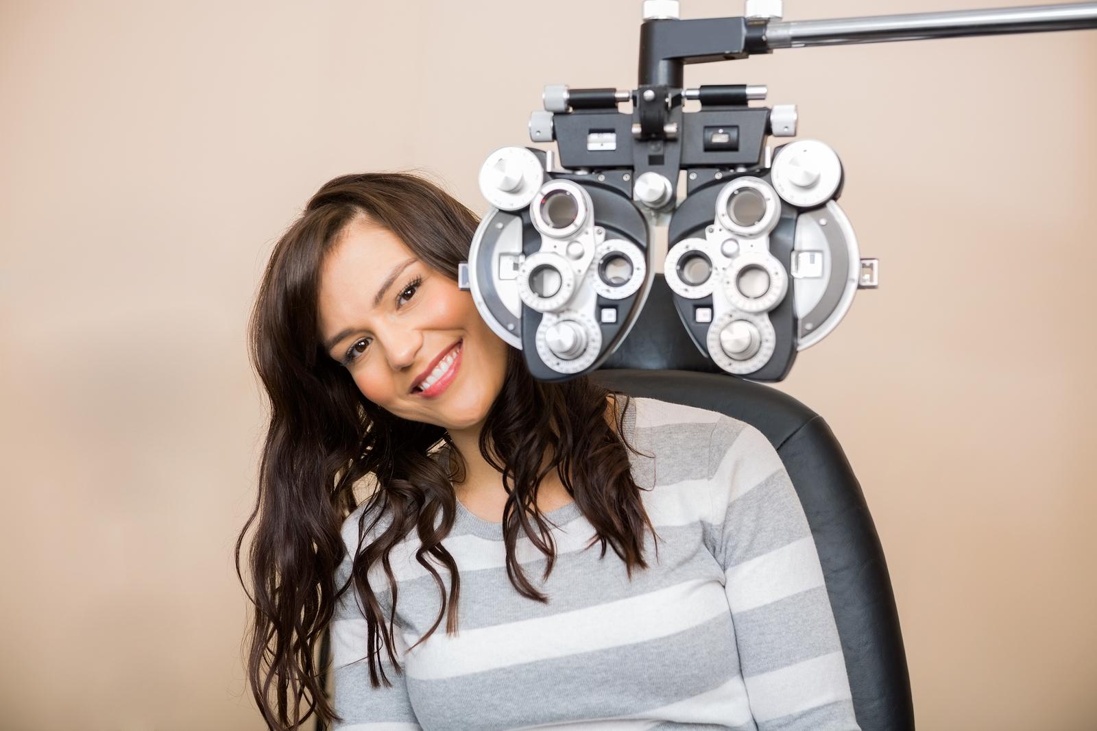 Eye Doctor in Commack