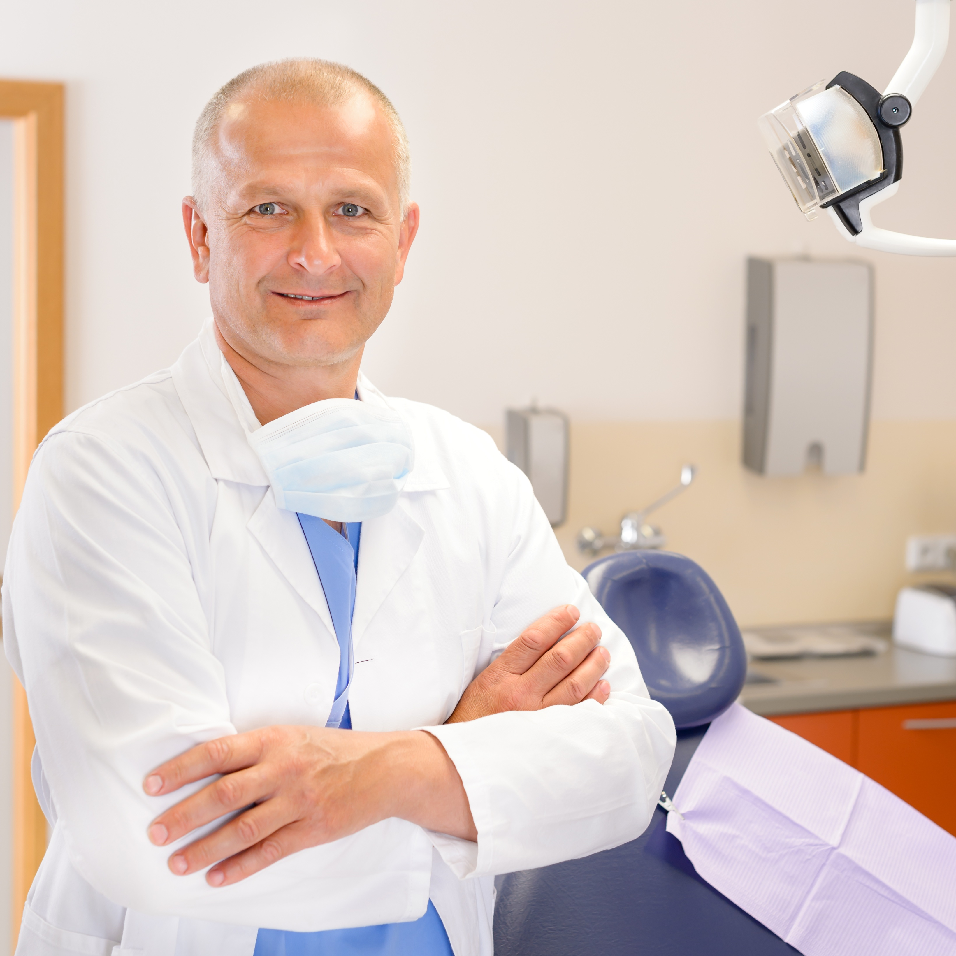 Oral Surgeon in Downtown Manhattan