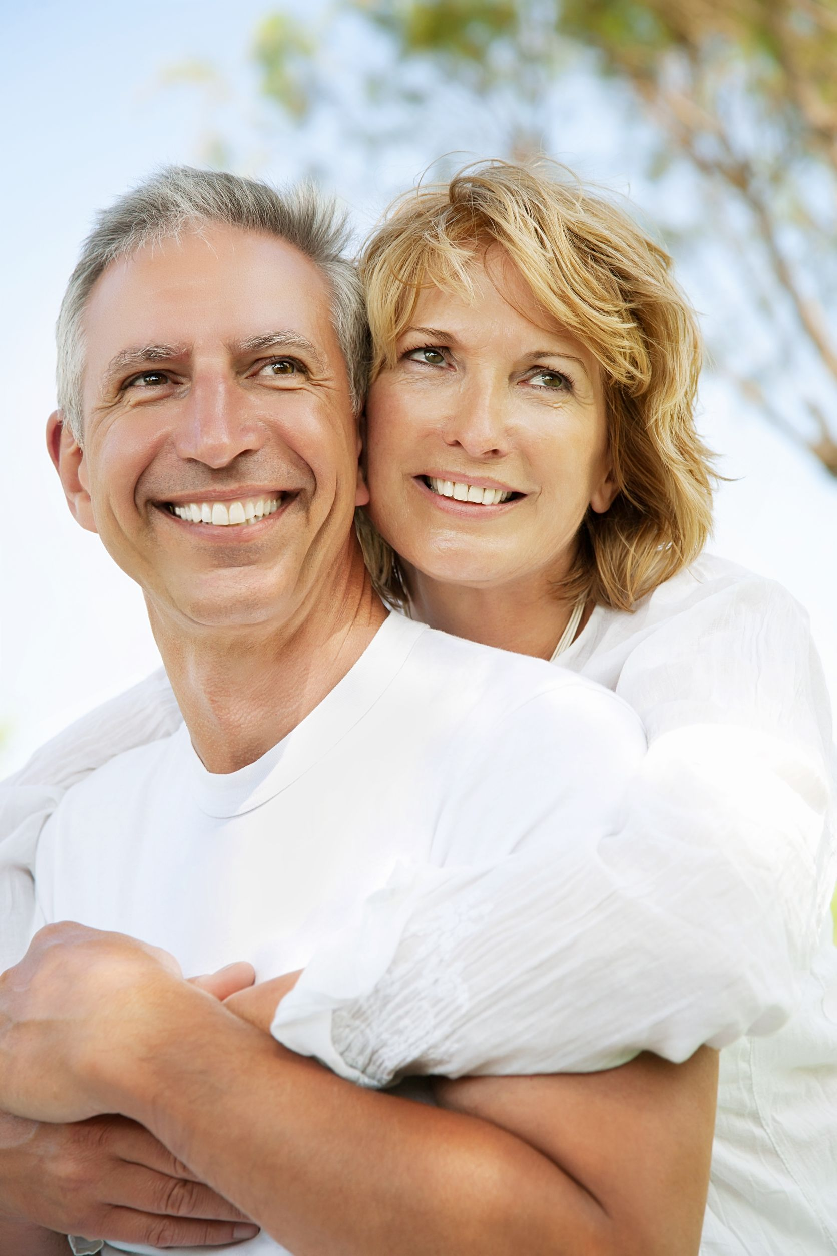 Can I Get Dentures From The Johns Creek Best Dentist?