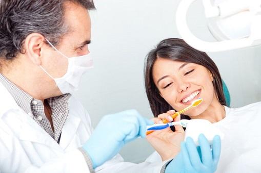 Dentist in Cicero