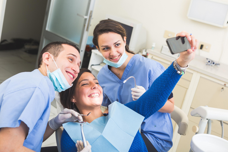 Cosmetic Dentist in Sandwich